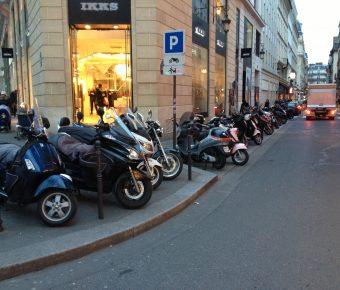Le stationnement des 2 roues à Paris bientôt payant en 2018